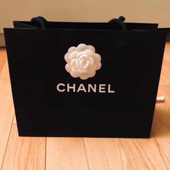 57121b24f65bbf CHANEL Bags   Shopping Bag W Camellia Flower And Ribbon   Poshmark